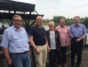 v.l. Ekkehard König, SPD-Stadtverbandsvorsitzender Oliver Brosch-Guesnet, MdL Inge Howe, Horst Grüner und MdB Achim Post